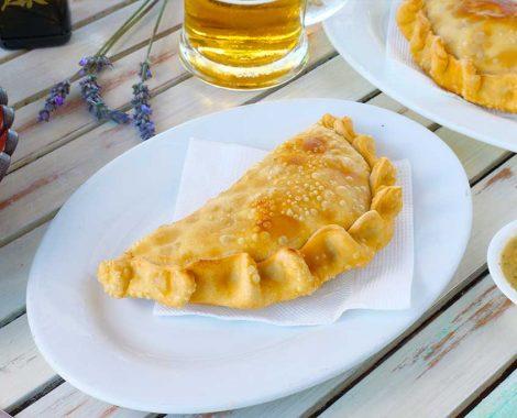 empanada_restaurante_la_tabla_barrio_del_mar_las_serena_coquimbo_chile